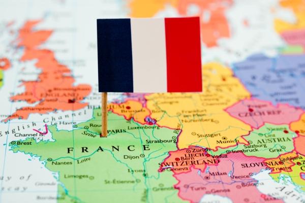ویزای فرانسه | اخذ ویزای فرانسه | شرایط دریافت ویزای فرانسه ۸۸۸۵۱۰۸۰-۰۲۱