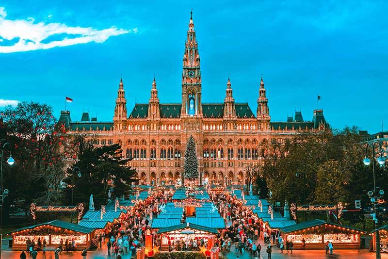انتخاب بهترین هتل ها در سفر به اتریش